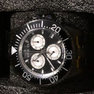 Invicta 47mm black bracelet watch-Swiss movement
